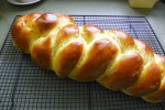 finished challah bread
