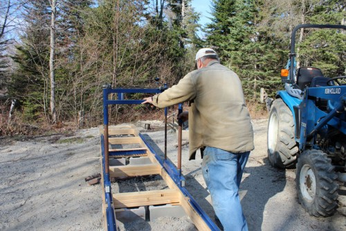 setting up the ripsaw portable sawmilll