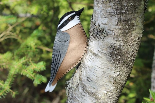 red breasted nuthatch felt ornament