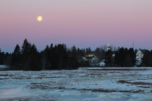 moon set in Harrington, Maine