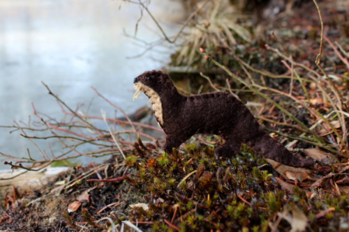 felt river otter printable pattern
